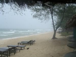 Otres Beach, Sihanoukville bei Regen