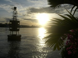 Sonnenaufgang über dem Mekong